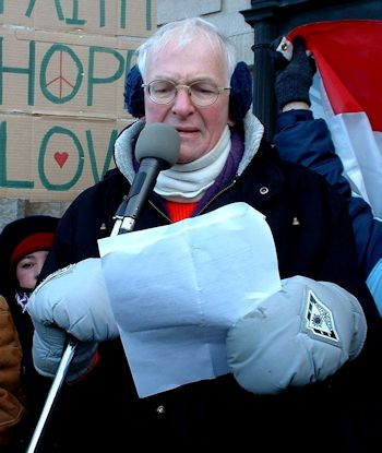 Feb. 15, 2003: Peace activist Carl Ridd addressed an anti-Iraq war rally of thousands of Winnipeggers at the Manitoba Legislature. Photo: Glenn Michalchuk