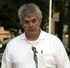 August 6, 2012: Glenn Michalchuk, speaking at the Winnipeg Lanterns for Peace Ceremony. Photo: Paul S. Graham