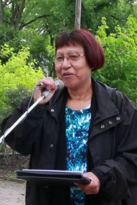 June 11, 2016: Mary Elizabeth Stanley speaking at the 35th annual Winnipeg Walk for Peace on the parallels between First Nations and Palestinian struggles. Photo: Paul S. Graham