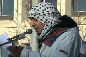 Shahzad Mussadiq at the Winnipeg Freedom for Gaza Rally, Jan. 24, 2009 in Winnipeg. Photo: Paul Graham